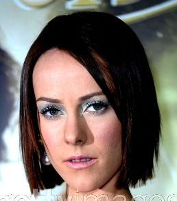 Jena Malone's metallic pastel eye makeup