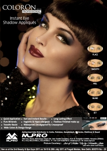 Manishi used colorOn's Noche instant eye shadow, with Smooth Gold Shimmer and Metallic Silver Glitter