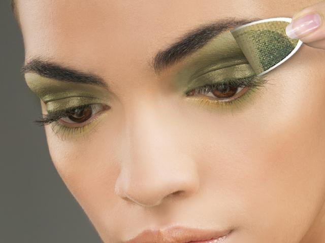 Eye envy makeup