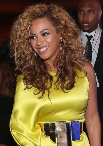 Beyonce looking beautiful at the BET Awards