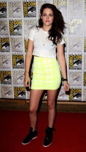 Kristen Stewart promotes the final chapter of the TWILIGHT series at Comic-Con