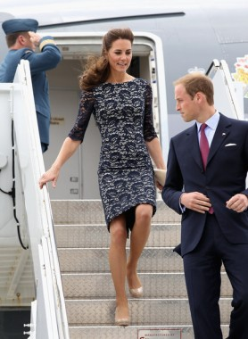 Kate Middleton in black lace Erdem Resort 2012